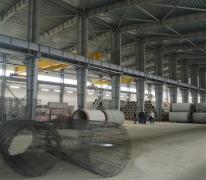 Бетонный пол с топпингом в производственном цехе