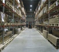 Промышленный наливной пол в складском помещении