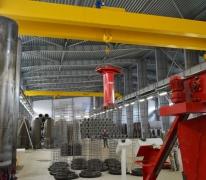 Кран-балка двух балочная опорная в производственном помещении